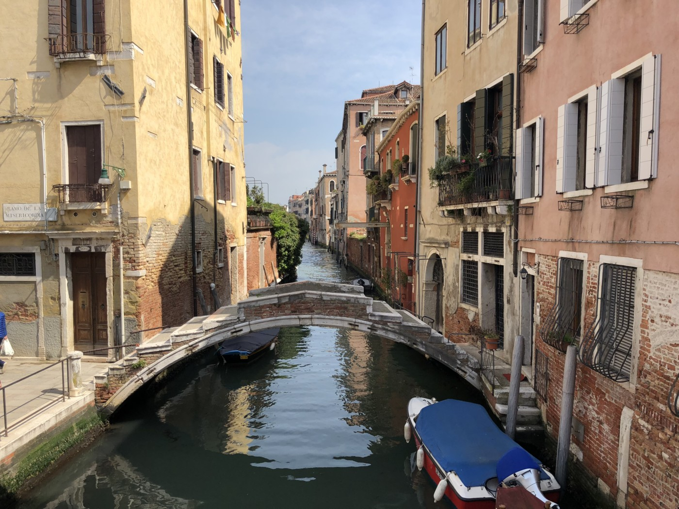 Venice, Italy to ban tourists from certain areas of the city