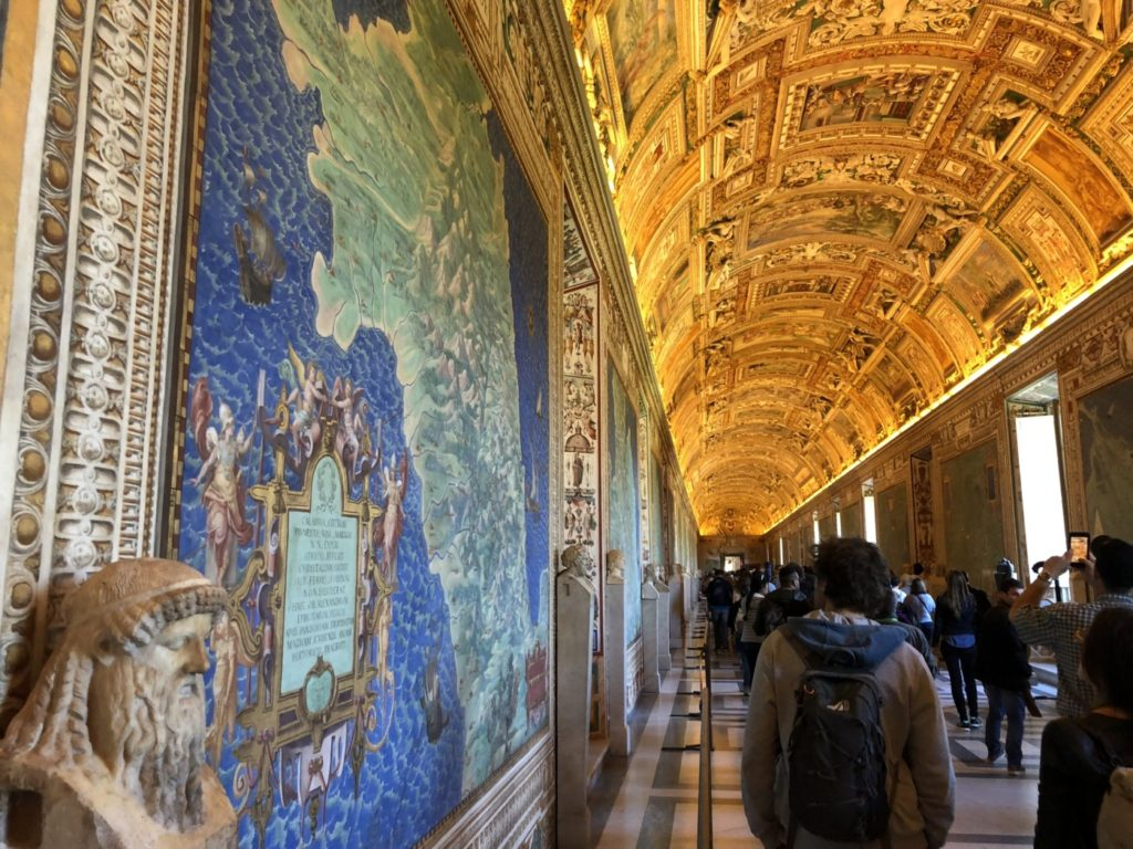 How to visit The Vatican - Finding tickets and skip the line