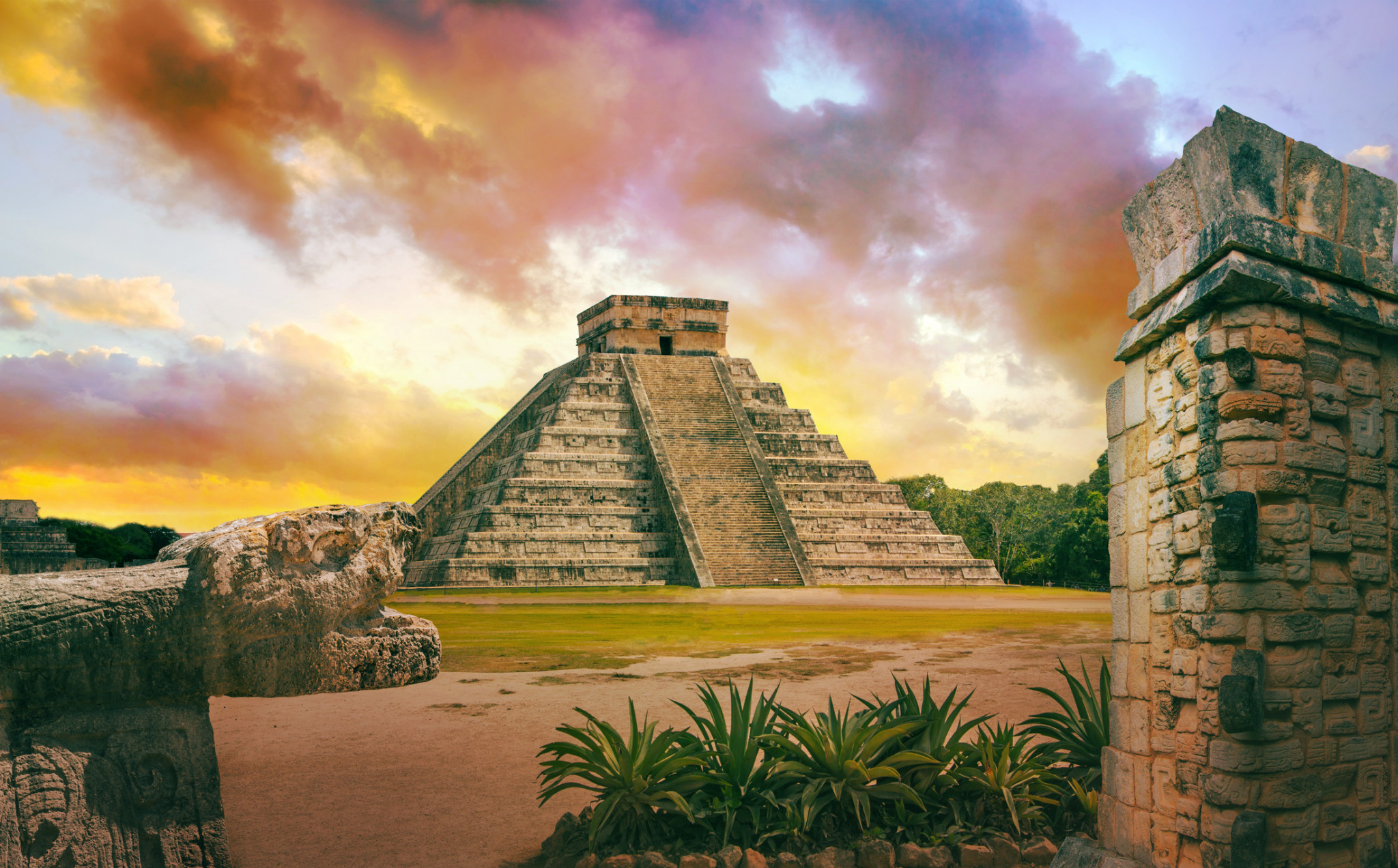 Visiting Chichen Itza, day trip from Cancun, Mexico.